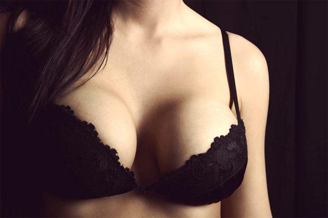 boobs2